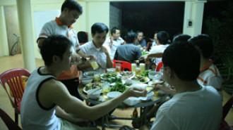 Vietnamese Skills Aid Lao Economy